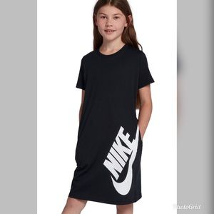 YL Black Nike 100% Cotton Dress with Pockets